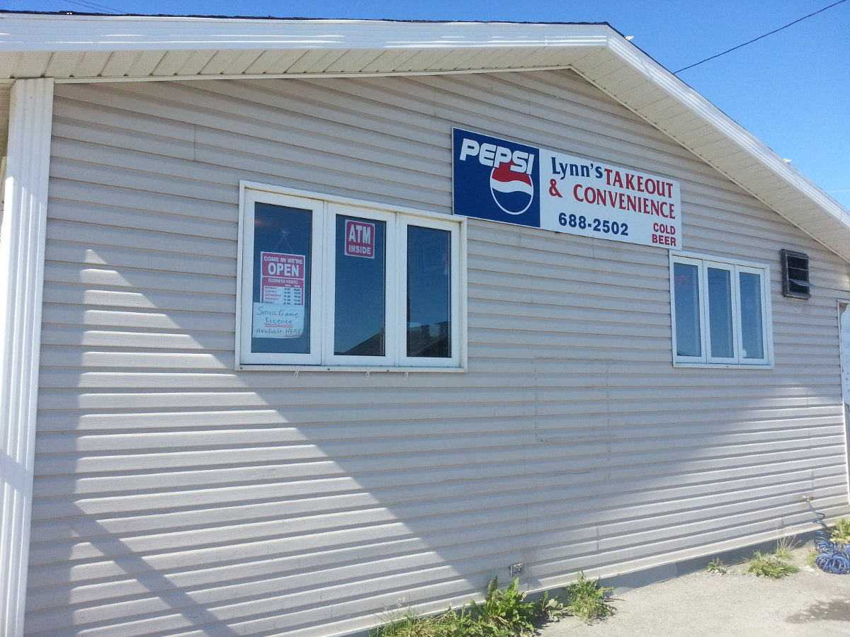 Lynn's Takeout & Convenience, Cox's Cove, Newfoundland